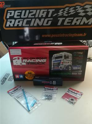 CAMION RC MAN TGS TEAM HAHN CLUBS PARTENAIRES (3 options + accu LIPO Shorty RED)